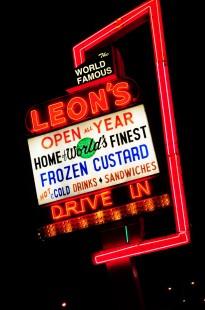 Leon's neon